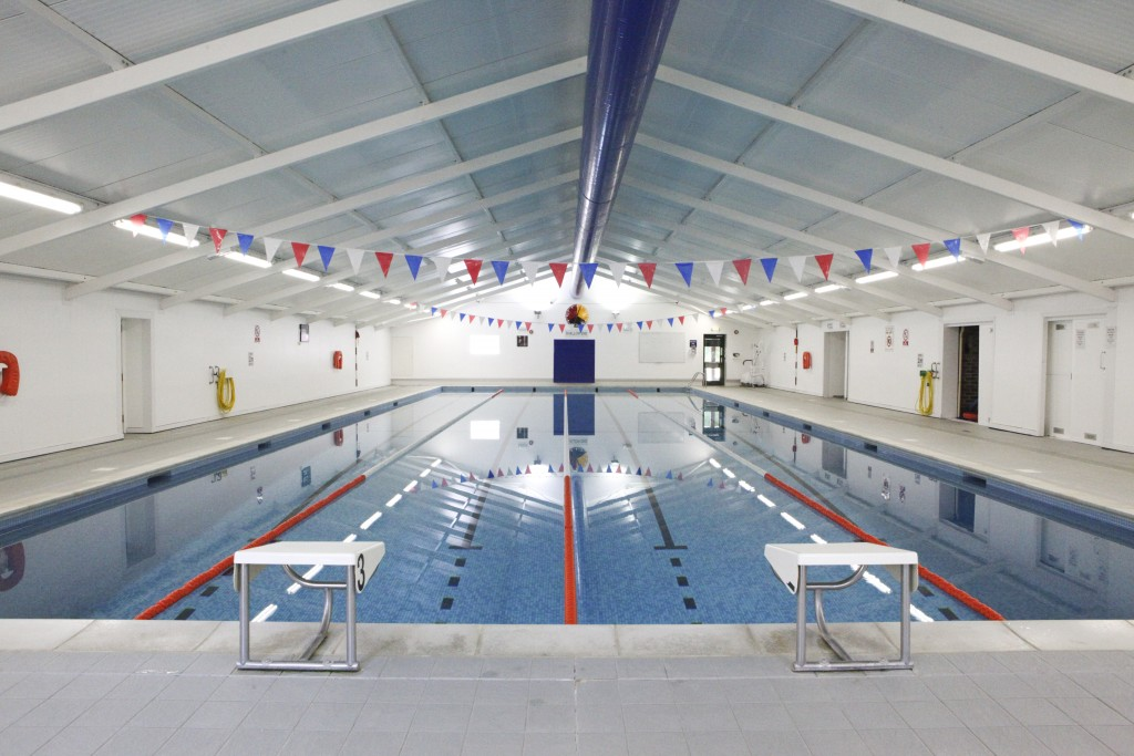 Lord-Wandsworth-College-_-Swimming-pool
